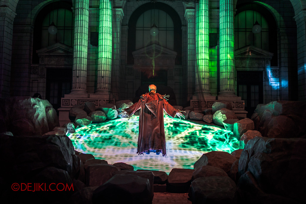 Halloween Horror Nights 7 - Pilgrimage of Sin / Ritual Green Pool