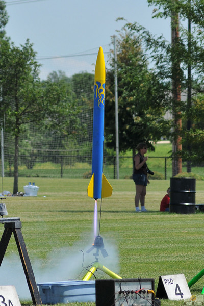 Gary Slater's Adria 11-29, a highly modified LOC IV, lifts off with a G80 motor.  Photo by Alan M. Carroll