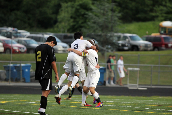 Fluvanna tops Monticello in JD semis  2012