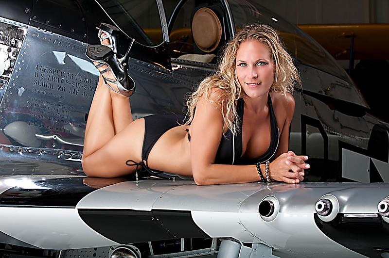 Lynn Blkl Bikini Wing_2711.jpg