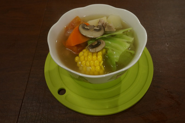 Having Cooking Lesson ~ Vegi & Chicken Soup 2/19/13