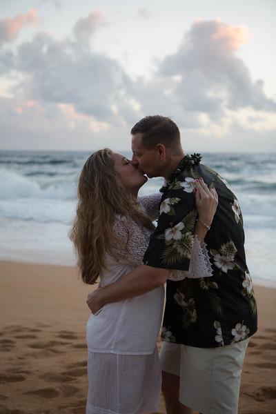 Kauai-sunrise-wedding-29.jpg