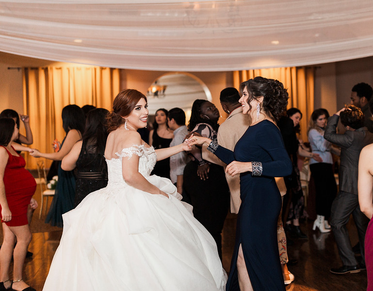 Alexandria Vail Photography Wedgewood Fresno Wedding Alexis   Dezmen840.jpg