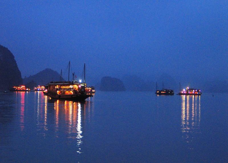 Ha Long Bay (121).jpg
