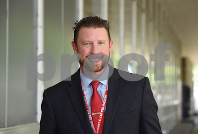 incoming-robert-e-lee-high-school-principal-dr-dan-crawford-seeks-to-boost-student-involvement-postsecondary-readiness