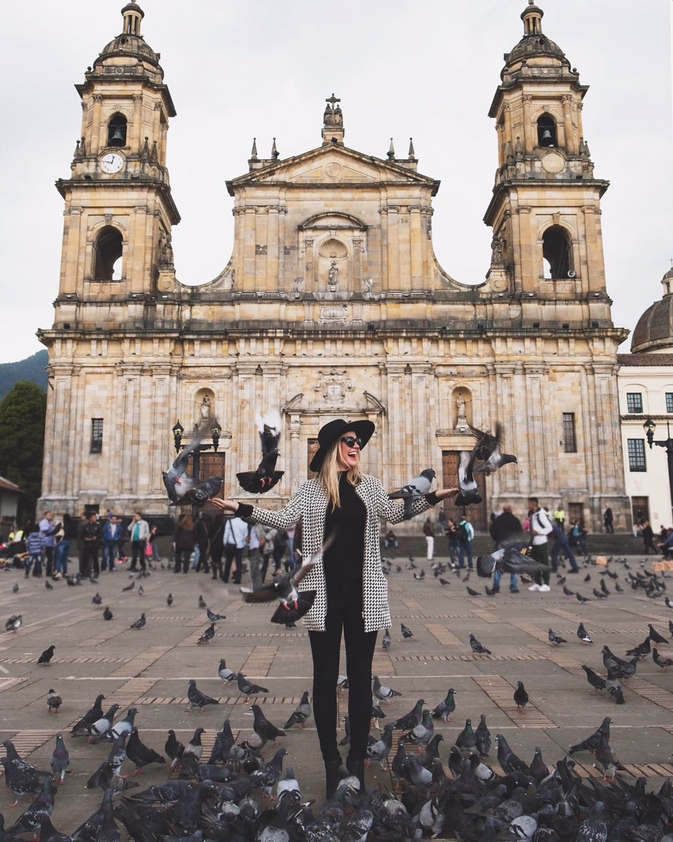 Pigeons in Plaza Bolivar
