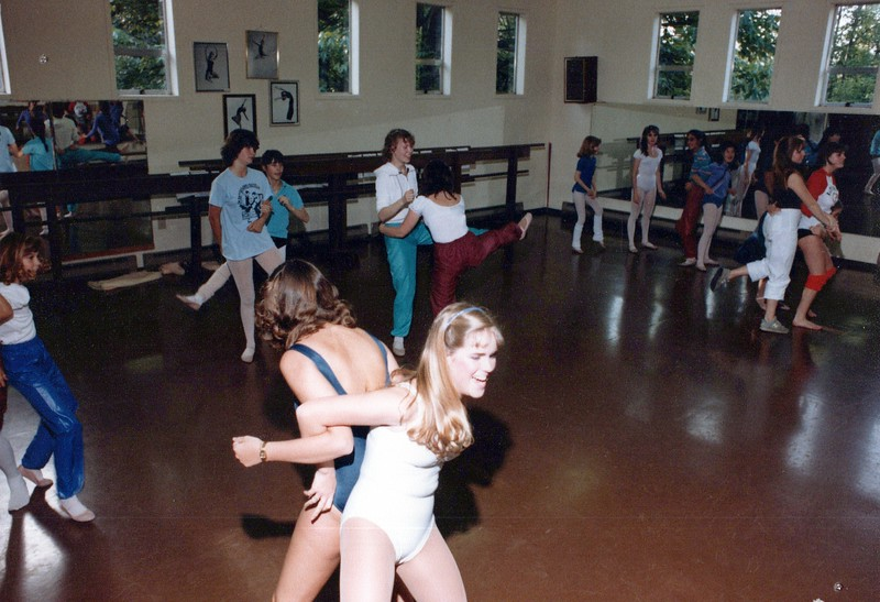 Dance_2720_a.jpg