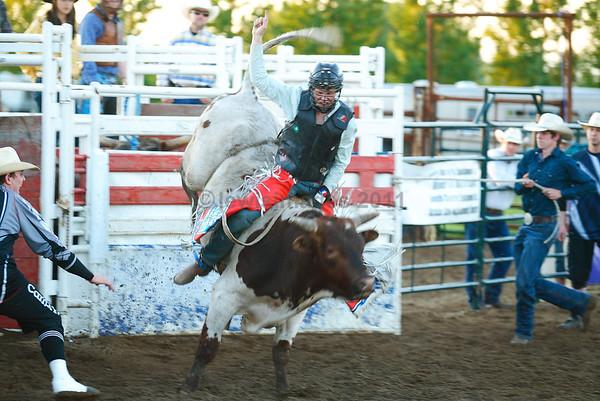 Moose Jaw Rodeo 2011- Friday