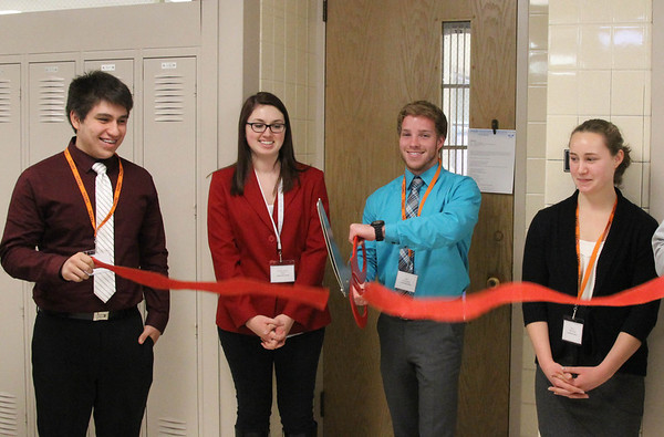 VEI Ribbon Cutting (12/19/13)