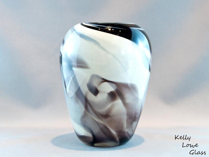 Vase - Black.jpg