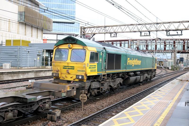 66585 1111/4L41 Crewe-Felixstowe at Stratford
