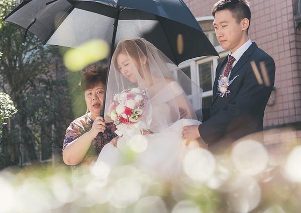 wedding day - fix the dress!