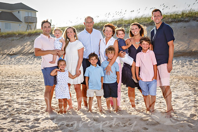08-06-2019 Laura family beach portraits