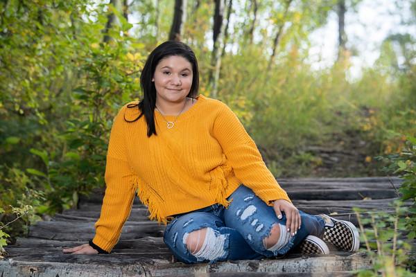 Destiny Smith Senior Portrait Hoehne 2021