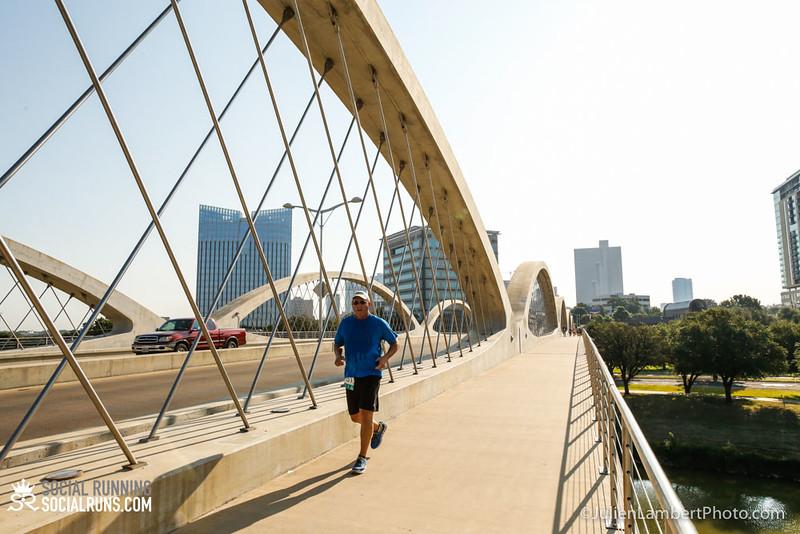 Fort Worth-Social Running_917-0374.jpg