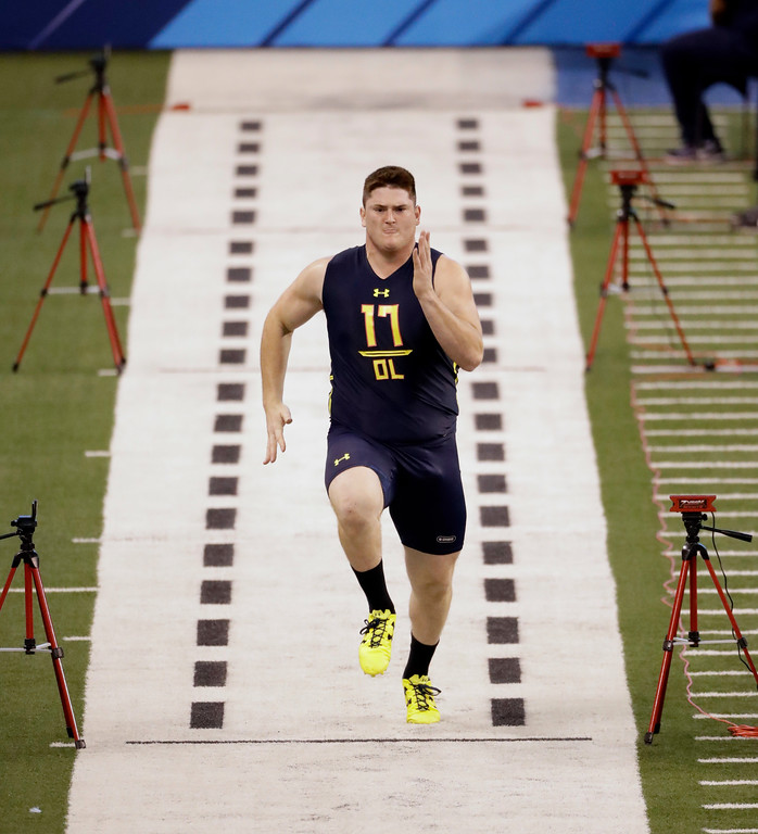 . Indiana offensive lineman Dan Feeney runs the 40-yard dash at the NFL football scouting combine Friday, March 3, 2017, in Indianapolis. (AP Photo/David J. Phillip)