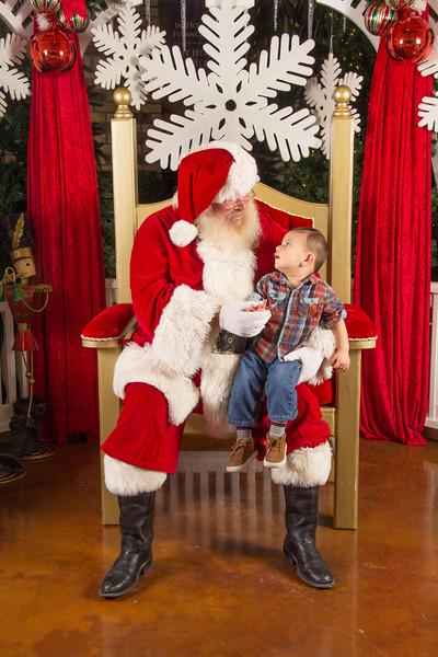 Santa 12-16-17-183.jpg