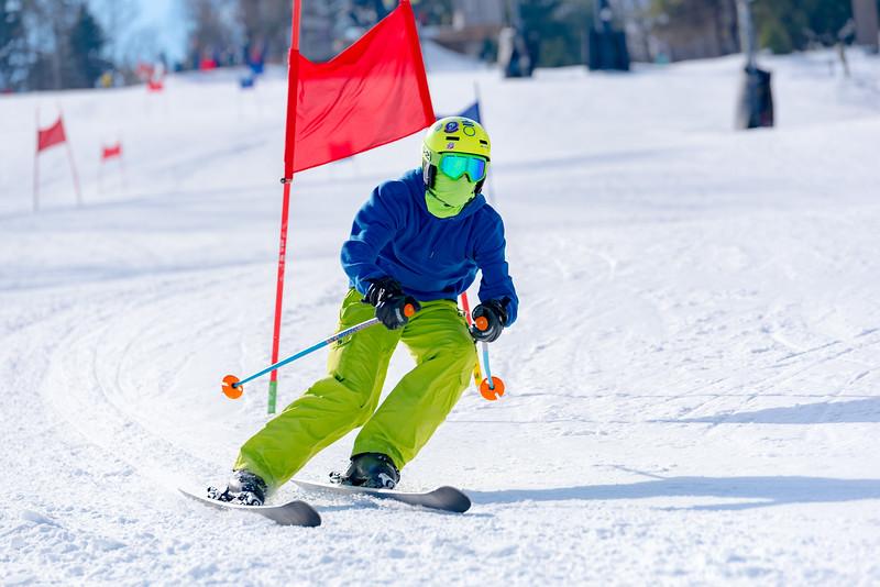 Standard-Race_2-3-18_Snow-Trails-73016.jpg