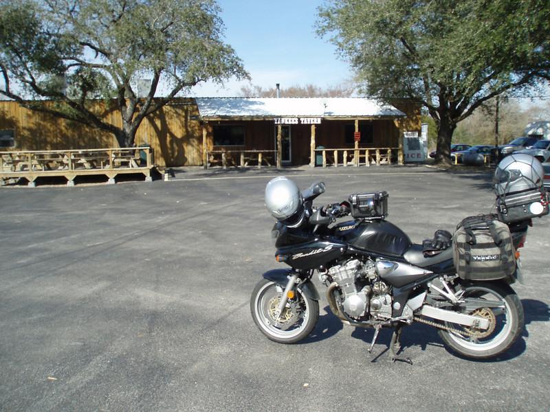 Yankee's Tavern