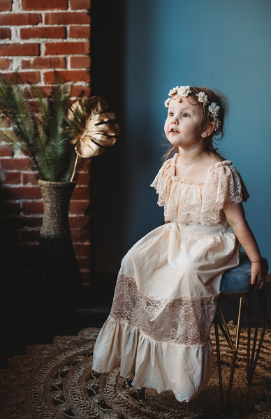 SuzanneFryerPhotography_LilyStudioWings-7003.jpg