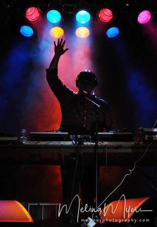Ludacris/Wale - FSU Warchant 2010