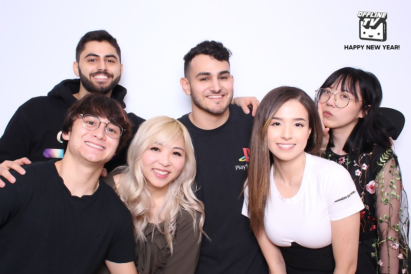 Offline TV New Years 2020 (SkinGlow Booth)
