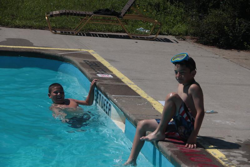 kars4kids_thezone_camp_2015_boys_boy's_division_swimming_pool_ (90).JPG