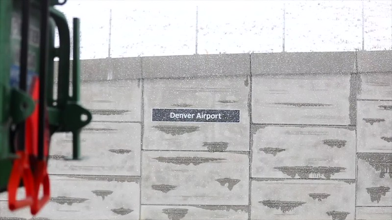 031920-DEN_winter_SNOW_TRACTOR__slow_motion-107.mp4