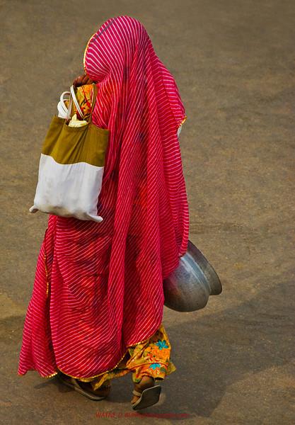 INDIA2010-0208A-76A.jpg