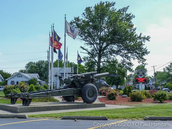 AL Post 365 - Collinsville, IL - 155mm & AH-1