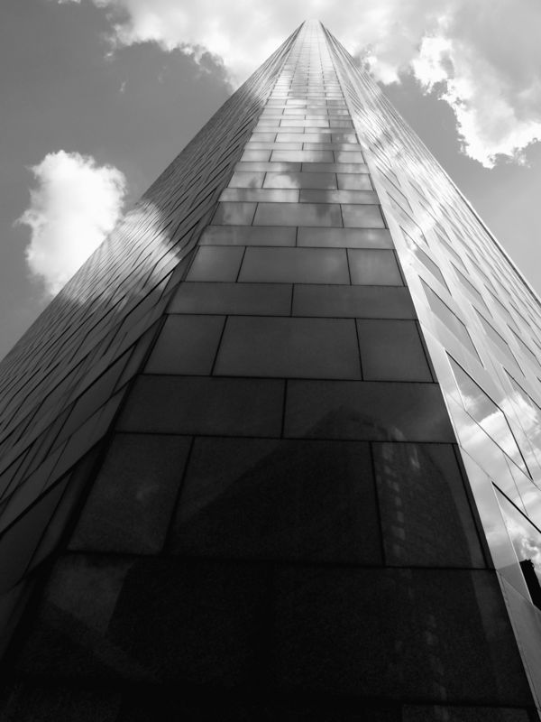 Chase tower monolith gs.jpg