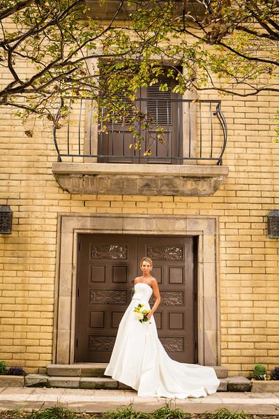 Pinzel Bridals - Thomas Garza Photography-156.jpg