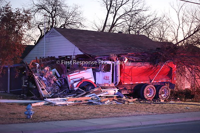 McKinney TX. Dump truck vs. structure. University @ Oak St. 11/27/18