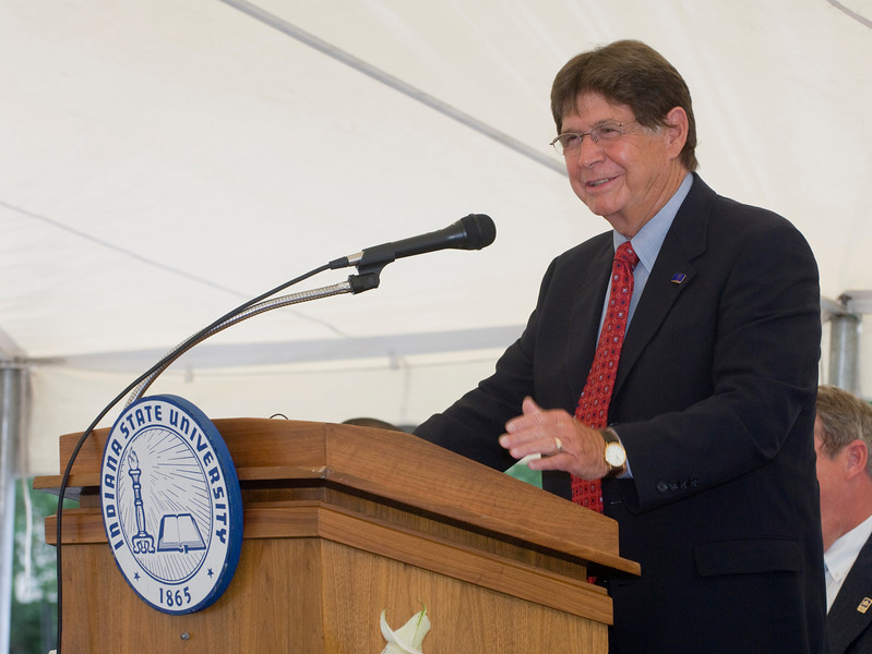 student_rec_center_groundbreaking0185.jpg