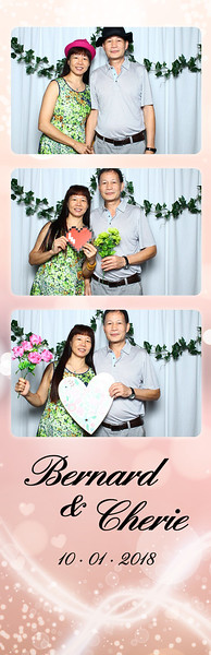 VividSnaps-Wedding-of-Bernard-&-Cherie-11.jpg
