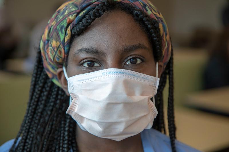 Ataa-Bonsu-Patient-Care.JPG