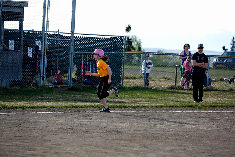 Alexis-AOR-Softball-2016-025a.jpg