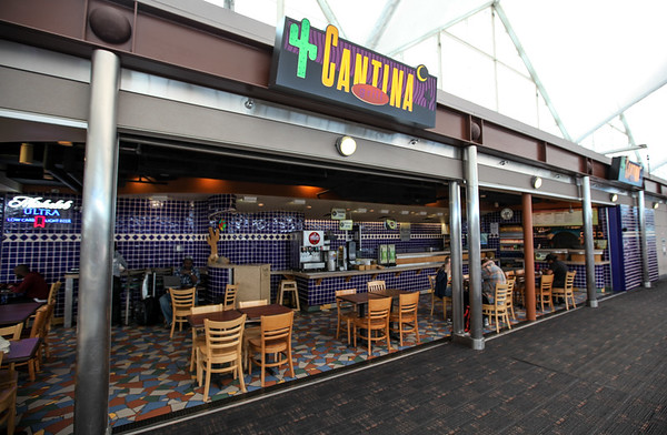 Cantina Grill, Jeppesen Terminal, East Side, Level 6