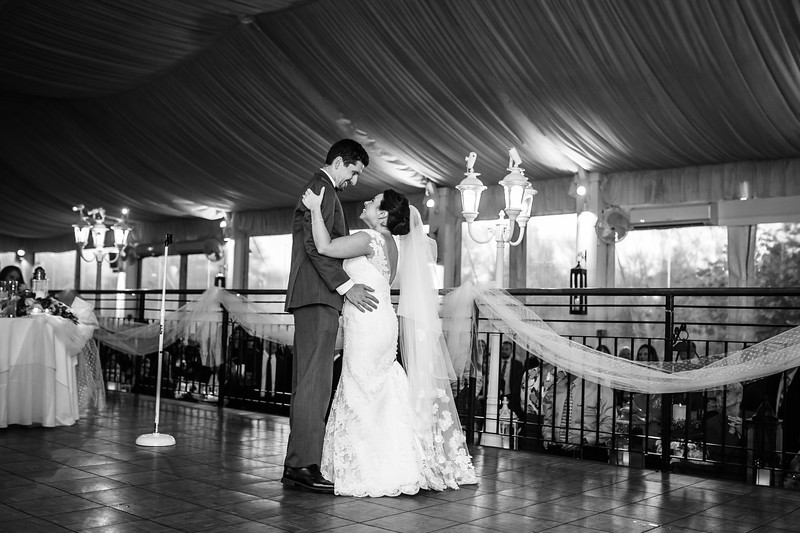 Gabriella_and_jack_ambler_philadelphia_wedding_image-957.jpg