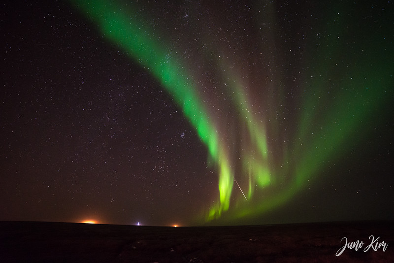 Utqiagvik Northern Lights-6103784-Juno Kim.jpg