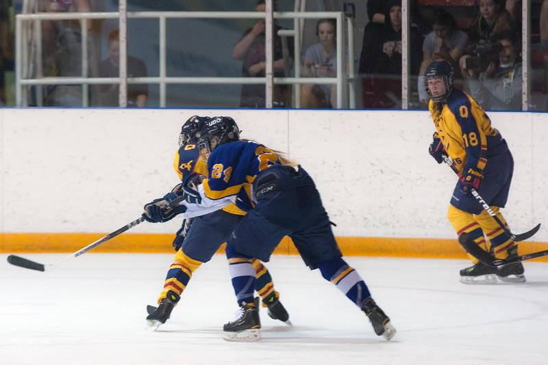 20130310 QWHockeyvsUBC 685.jpg