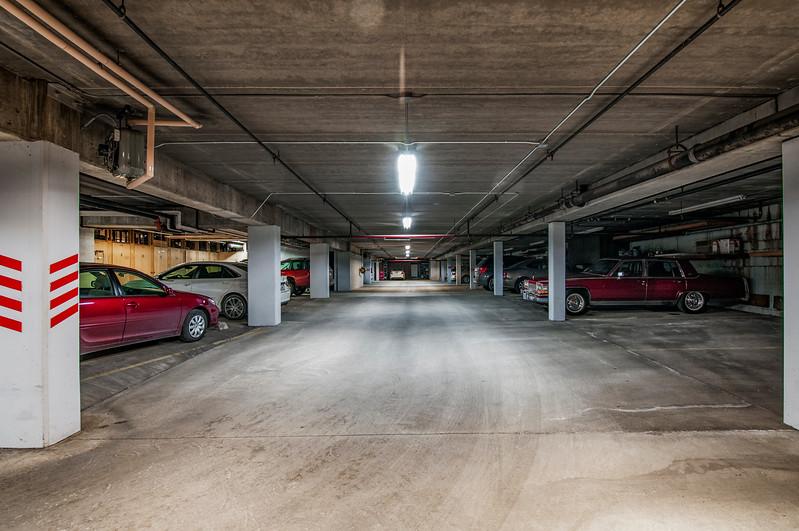 garage1030218.jpg