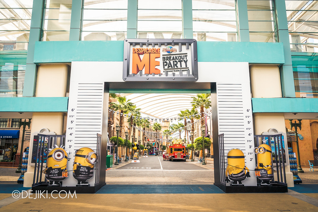 Despicable Me Breakout Party at Universal Studios Singapore / Park Archway Height Chart Jailbird Minions