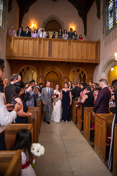 Montreal_Wedding_Photographer_McGill_Chapel_Entrepot_Dominion_Montreal_Quebec_Lindsay_Muciy_Photography_Luan&Venessa_FINAL_EX (27).JPG