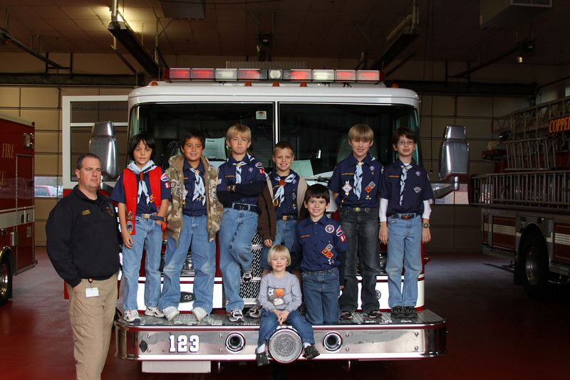 091203_Scouts_FireStation_0056.JPG