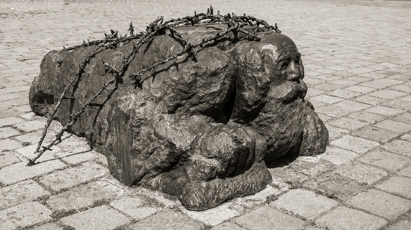 WW II Memorial, Vienna