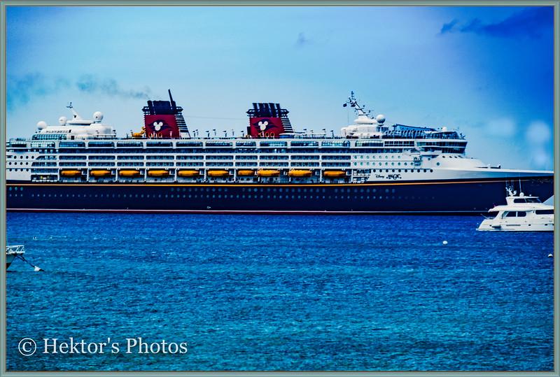 Cruise Ships-4.jpg