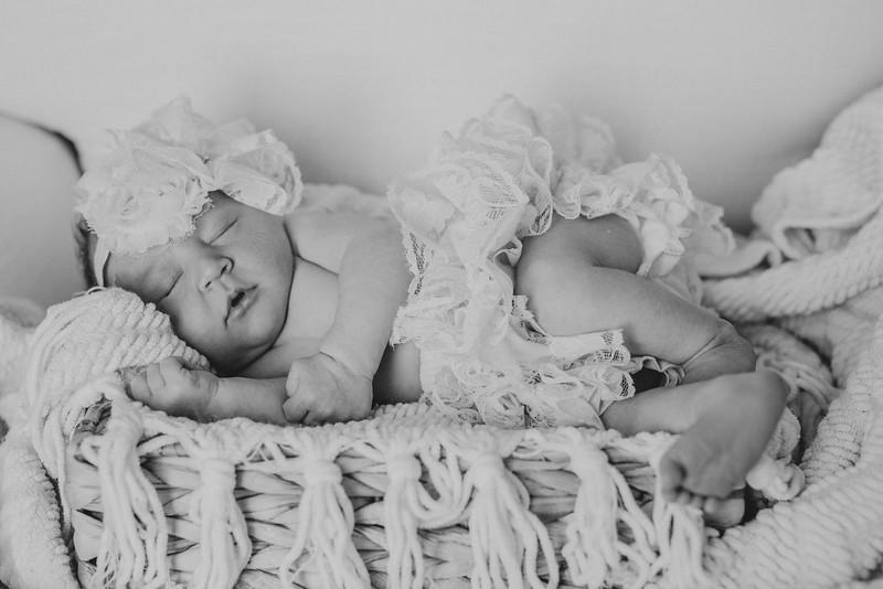 Carter_Newborn-0055-2.jpg