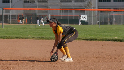 190411 GHS SOFTBALL (4-2 LOSS TO CAL)