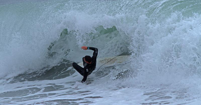 WB~surferwipeoutB1600.jpg